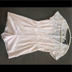 Low-cut Pale Peach Lace Romper
